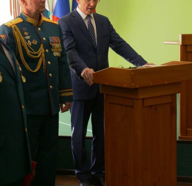 2019.04.20-Osvyashhenie-znameni.-16-Voennyj-gorodok-13