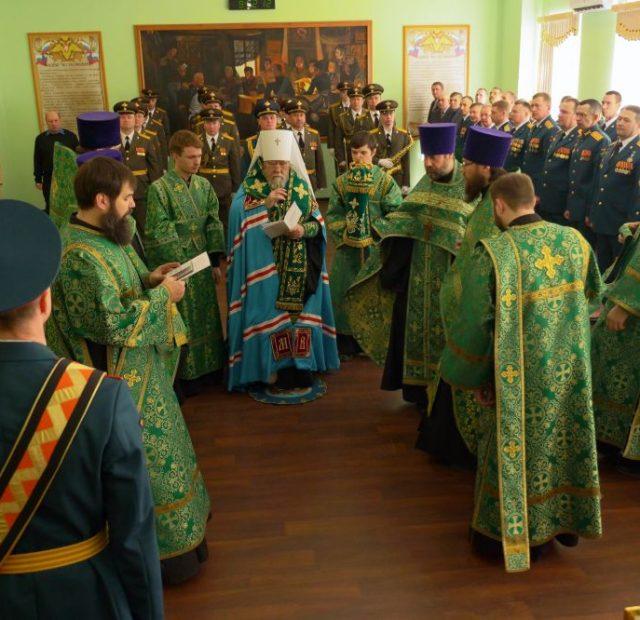 2019.04.20-Osvyashhenie-znameni.-16-Voennyj-gorodok-16